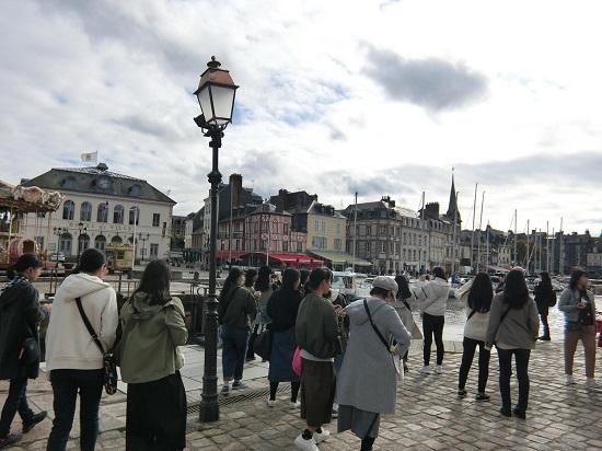 ブログ写真 フランス修学旅行 グループB(Part 6)?.jpg