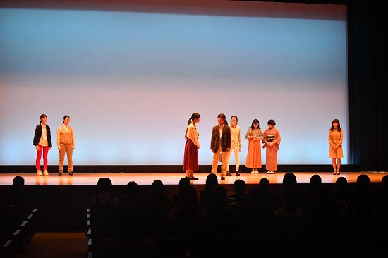 ブログ写真 中学演劇部.png