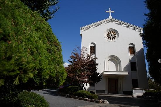 ブログ写真 聖堂外観.jpg